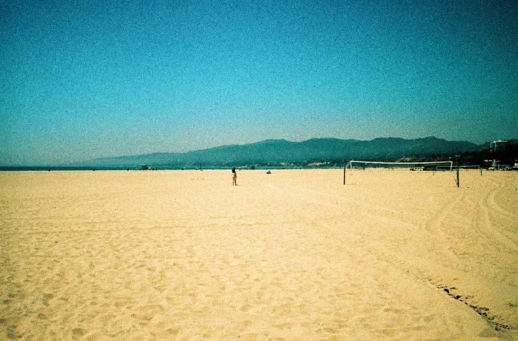 Santa Monica State Beach, Los Angeles, CA | Leica MP | Leica Summicron-M 35mm f2 ASPH. | Lomo X200
