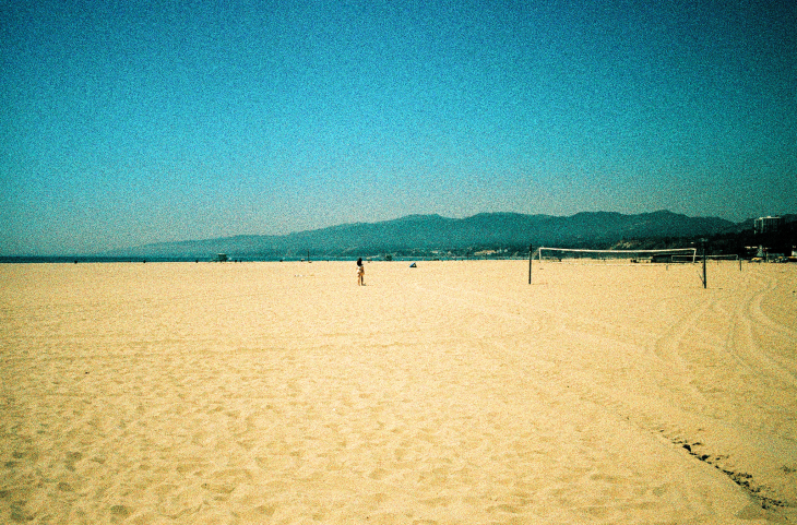 Santa Monica State Beach, Los Angeles, CA | Leica MP | Leica Summicron-M 35mm f2 ASPH. | Lomo X200